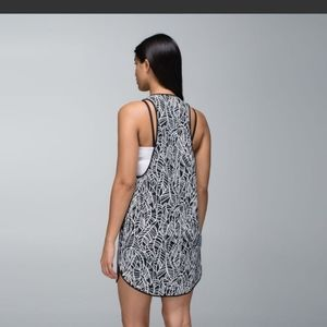 Lululemon coastal dress Palm print EUC $88
